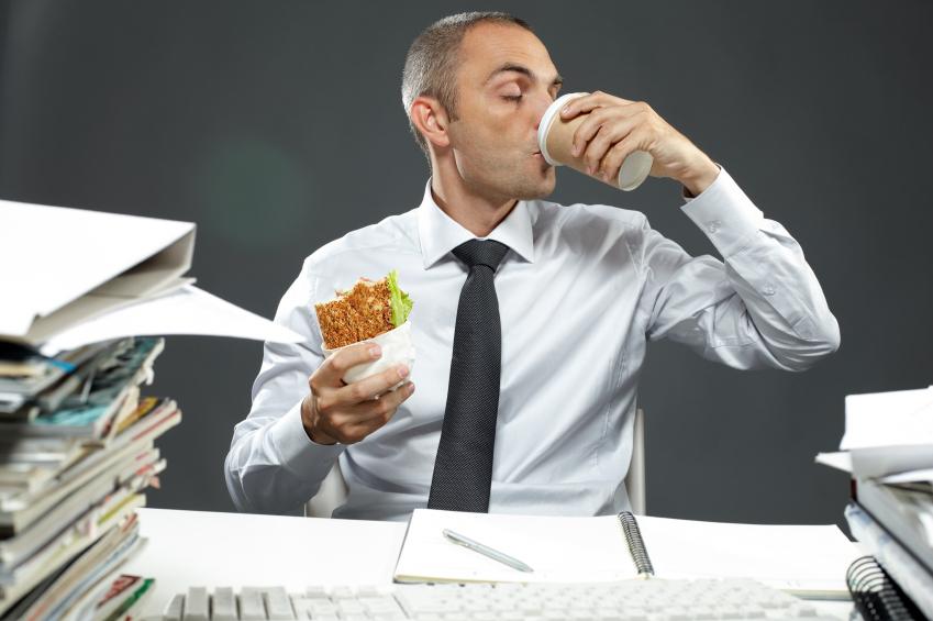 obiceiuri care iti fac rau, obiceiuri job, obiceiuri nesanatoase loc de munca